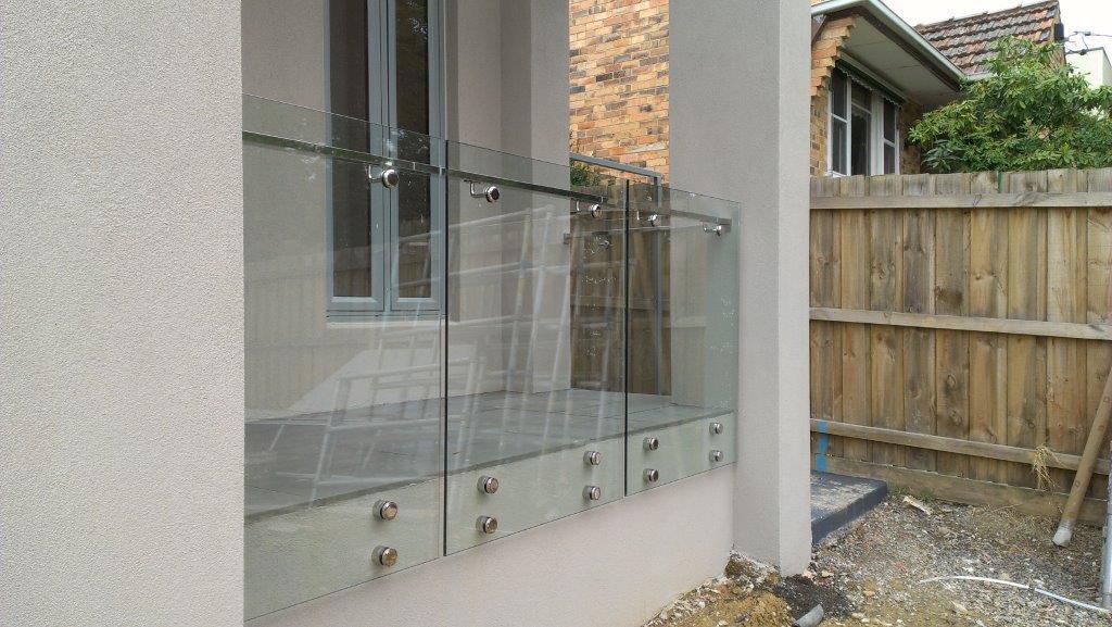 frameless balustrading offset handrail-ninos-glass5